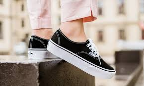 separation shoes fda40 adc64 L actualité en direct De LORENZ INO SHOES à SAINT-BRIEUC