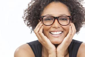 SB_VT1_AAV_Fog_740x616_lady_glasses.jpg