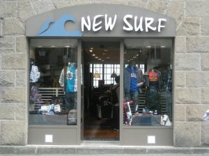 1795_new_surf_vitrine.jpg