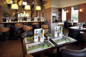 2164_restaurantitalienploermel1.jpg