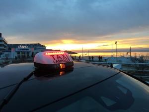 Taxi_2000_Lamballe_Ply_neuf.jpg